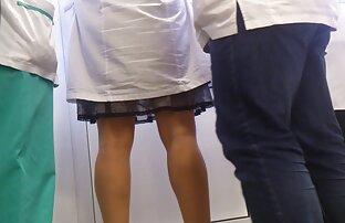 Նիհար կինը sucks երկու շատ հաստ, սեւ, կոնֆետներ. Ներքնազգեստ պոռնո