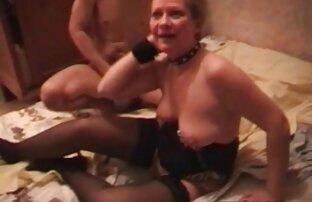 Կարճ մայր եւ որդի սեքս մազերով կինը ամուսնուս առաջ է բերում: