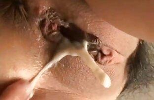 Բարեկազմ կինը սեքս տեսանյութեր տարի licks մատանի HD