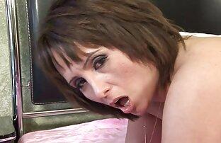 Տես, թե ինչպես է իմ խորթ դստեր ծխում Հինդի Սեքս Հինդի Սեքս ծխախոտ.
