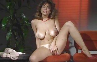 Լատիներեն իշամեղու նուրբ սեռական տեսանյութեր ձայնը իր նոր կրծքավանդակի